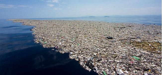 LA PLASTICA –  E' l'isola che non c'è, o non dovrebbe esserci, ma c'è!