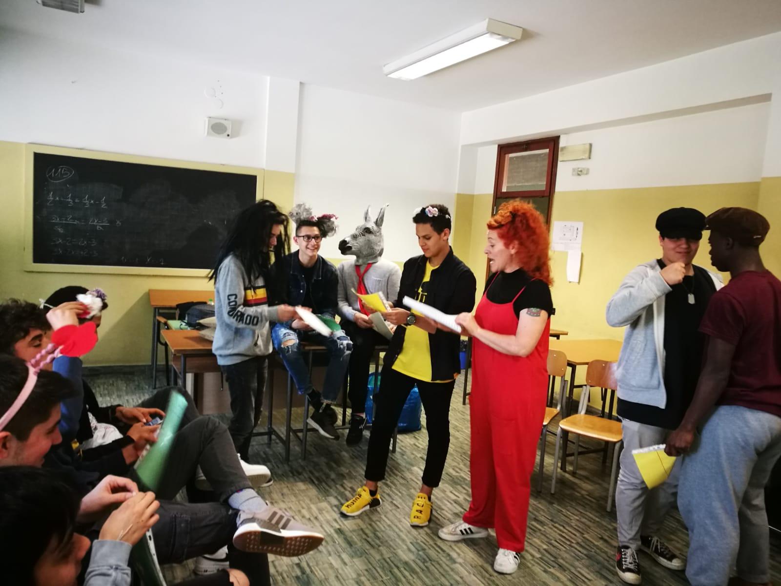 """""""Io leggo Shakespeare"""": il teatro in classe!"""